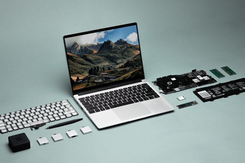 How to build own laptop